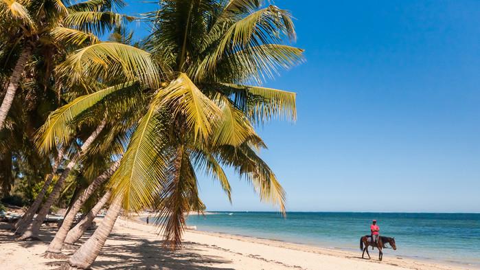 <P>Late dagar med bading i et varmt hav gir tid til å smelte inntrykkene fra reisen.</P>